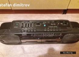 Касетофон SANYO M W717L