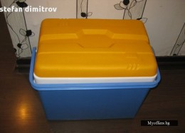 Кутия за храни и напитки вместимост 35 литра - хладилна чанта