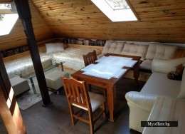 Мебели за таван