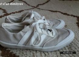 Спортни обувки Аdidas номер 37
