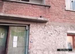 Продавам двуетажна къща в центъра на село Брестовица област Пловдив