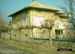 къща в с. Ковачевец 5