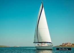 Наем на яхта