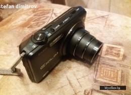 Фотоапарат Casio ex-ZR10