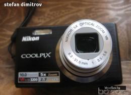 Фотоапарат Nikon Coolpix S560