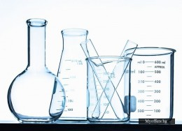 Лабораторна стъклария различна.